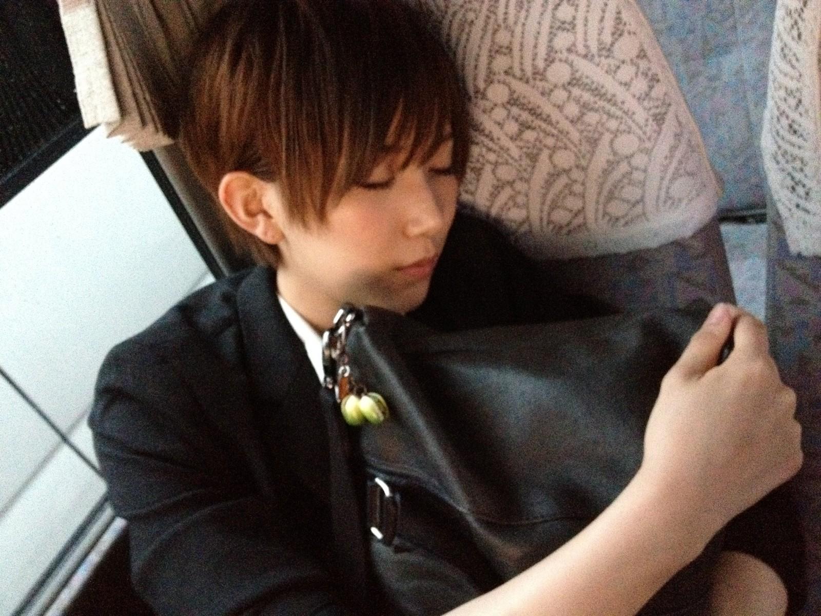 AKB48【かわいい寝顔】まとめ : 『癒される!』可愛い女の子寝顔まとめ - NAVER まとめ